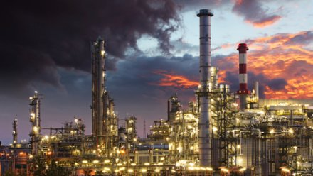 Unpleasant emissions from refineries can affect a wide area
